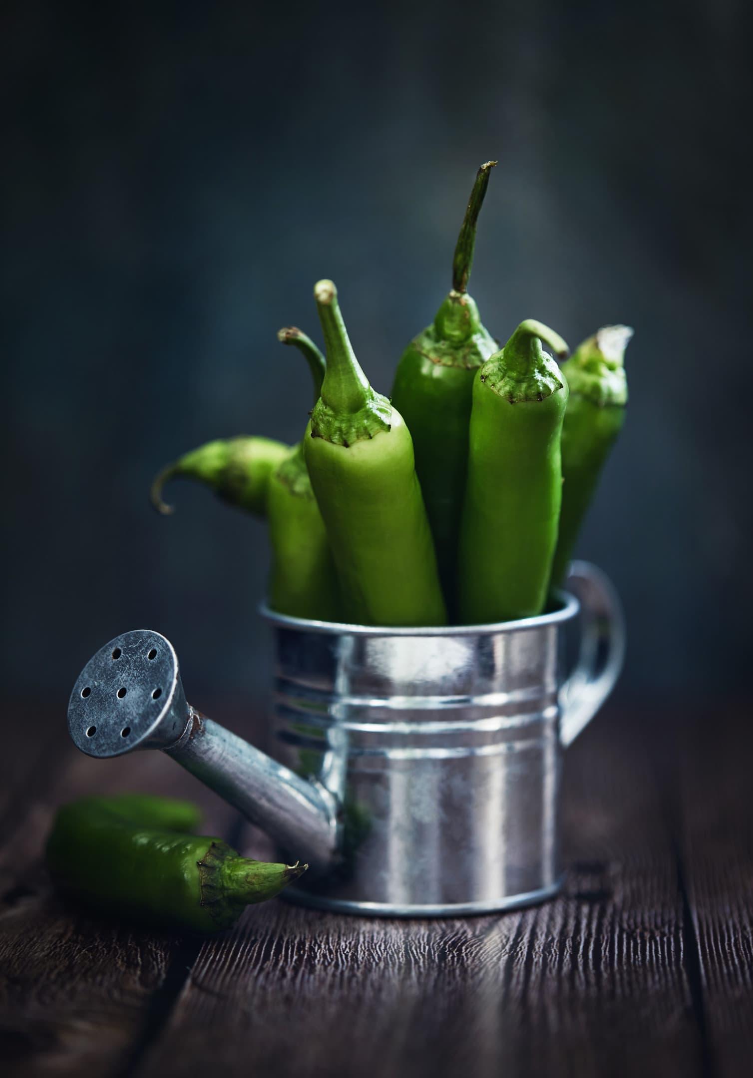 Green hot serrano peppers