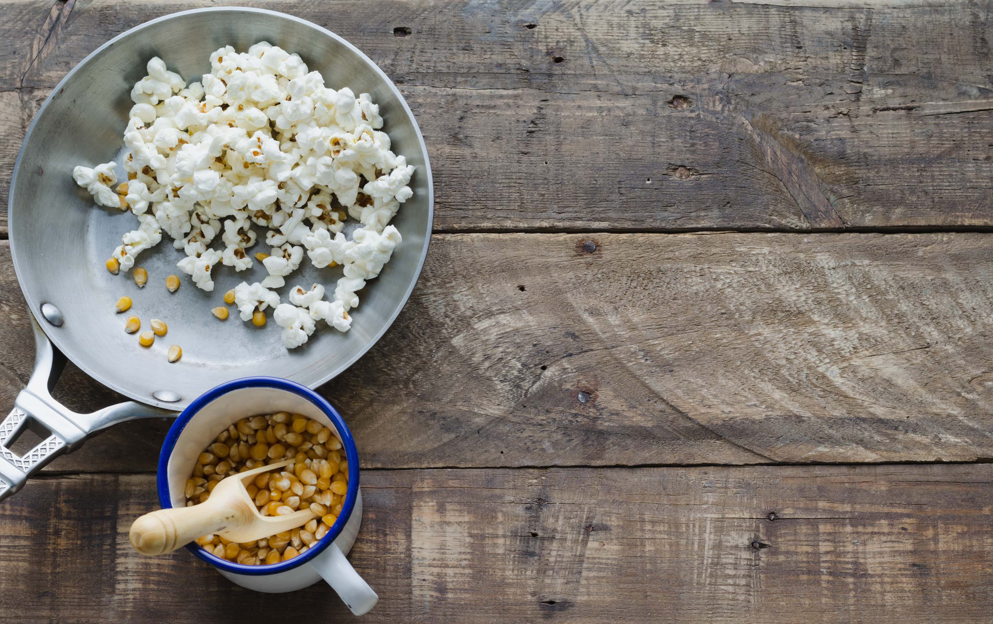 Skillet with corn and popcorn