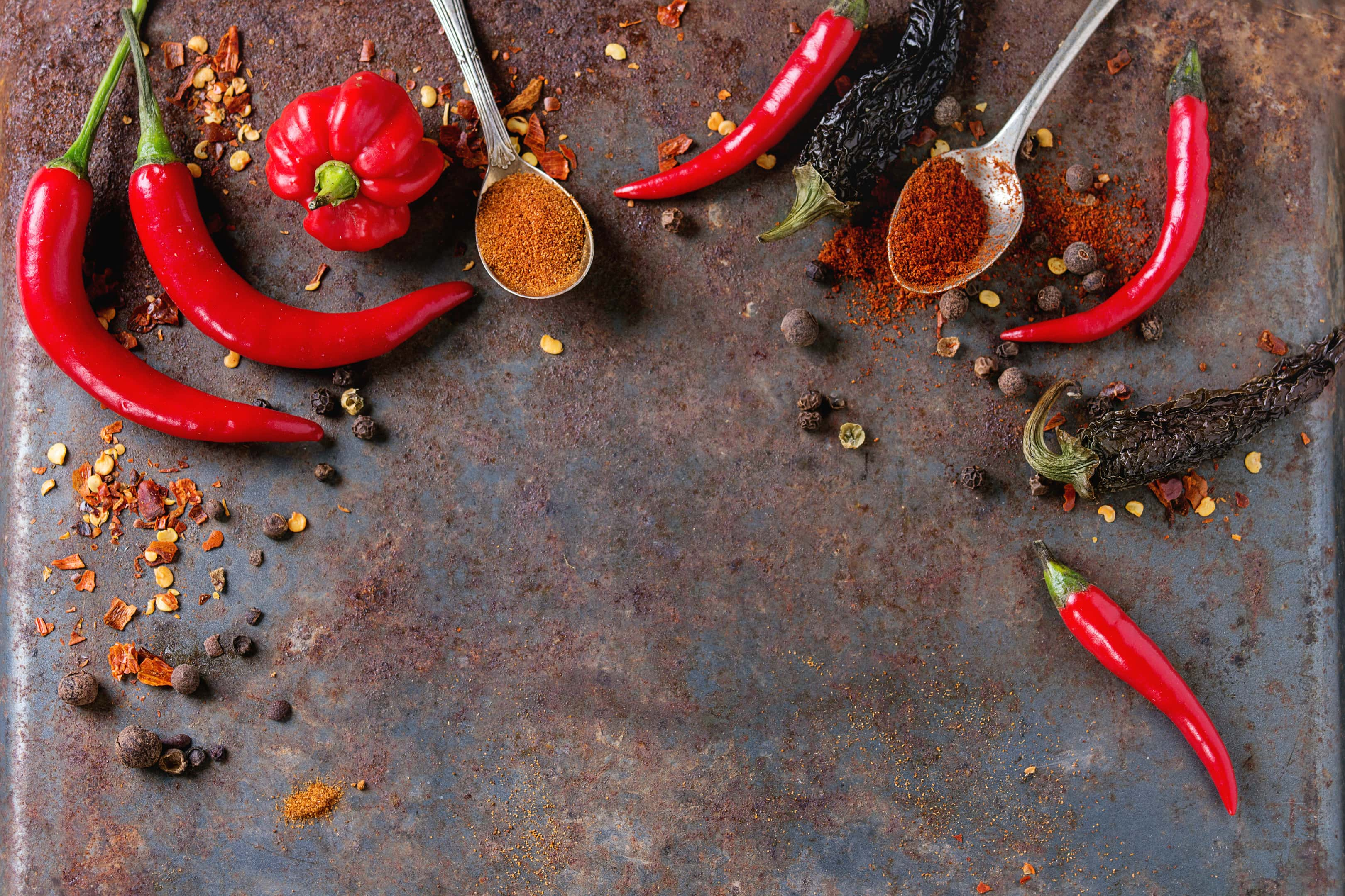 Spicy chipotle powder with fresh red chili peppers