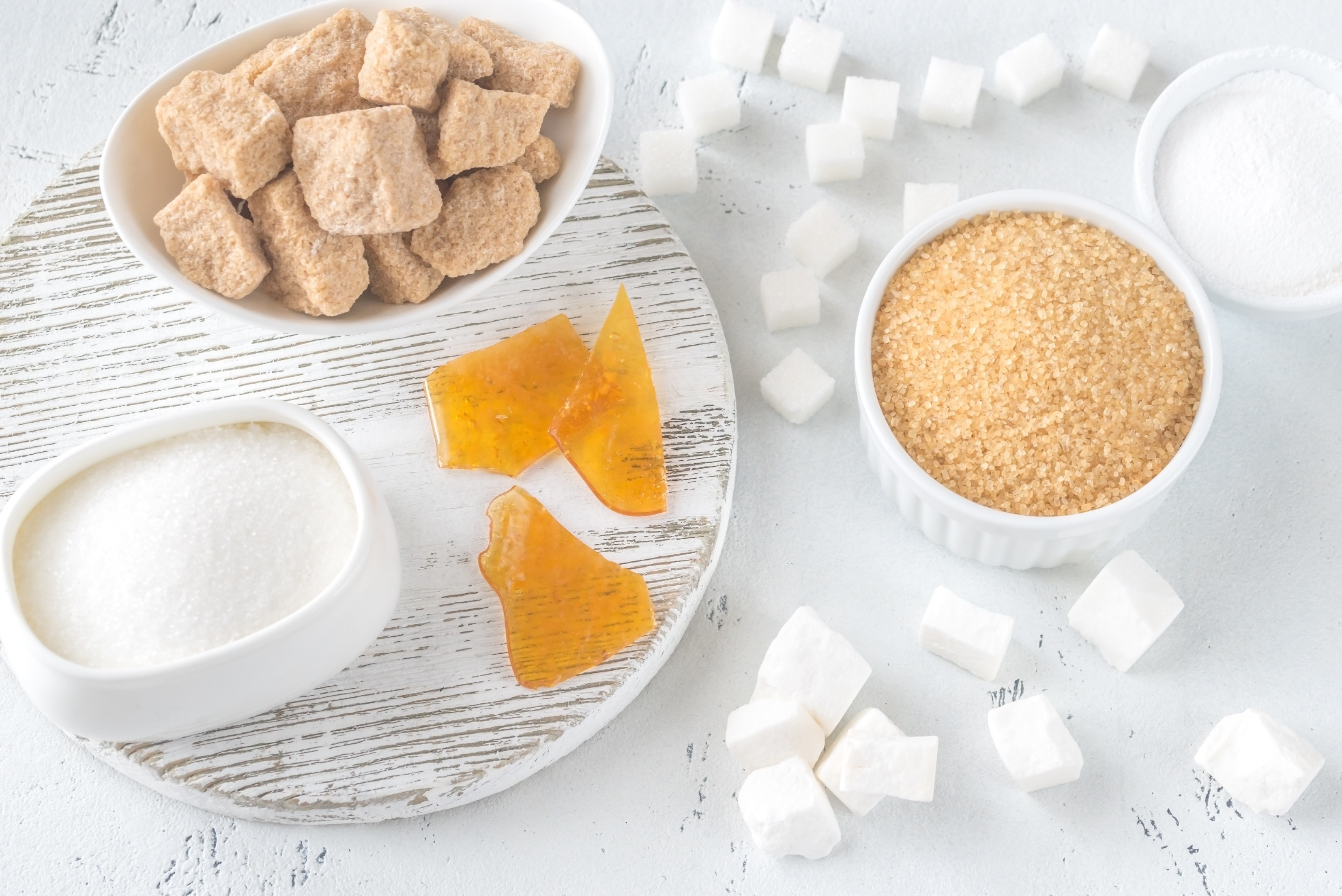 Different kinds of refined sugar