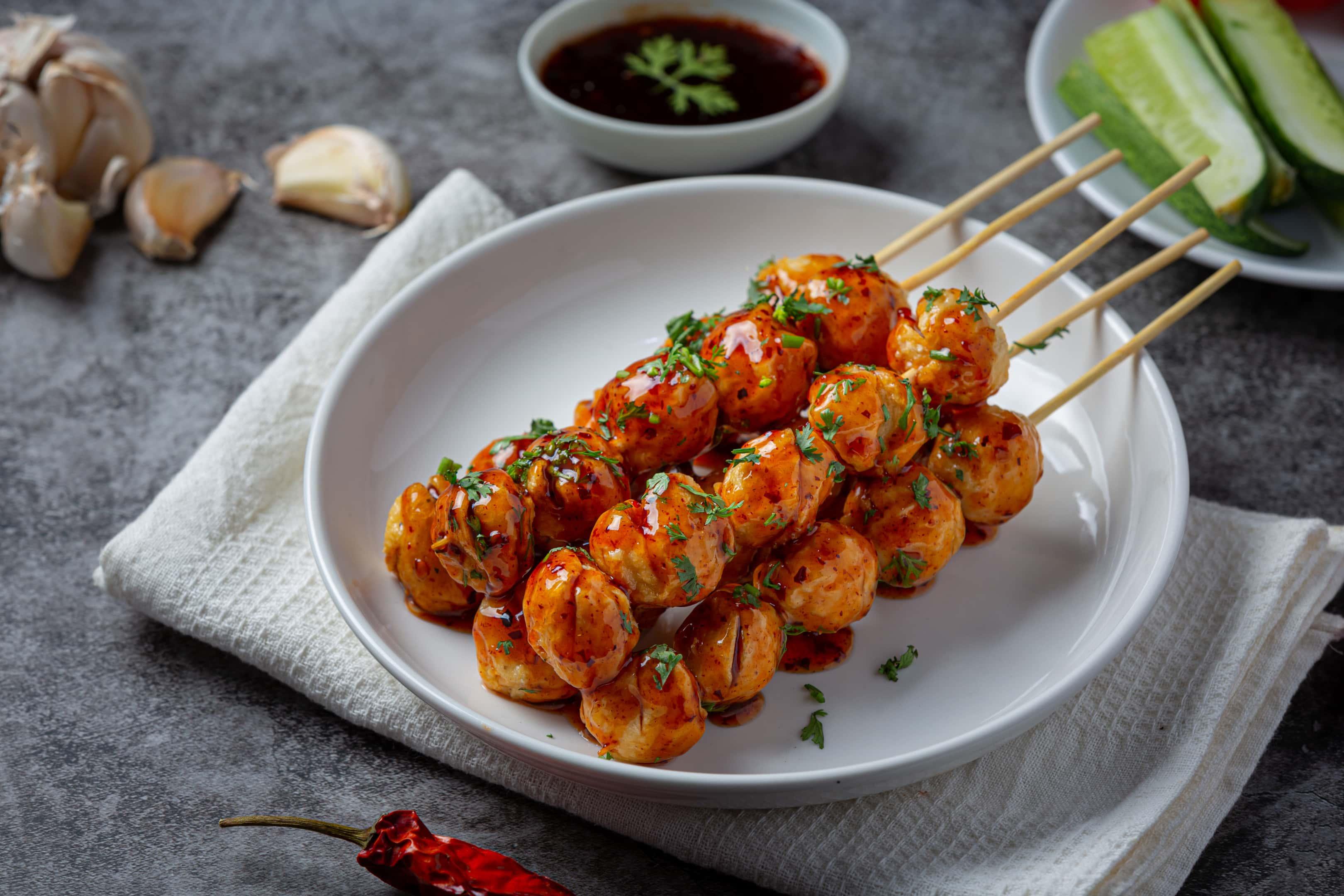 Pork meatballs with sweet chilli sauce