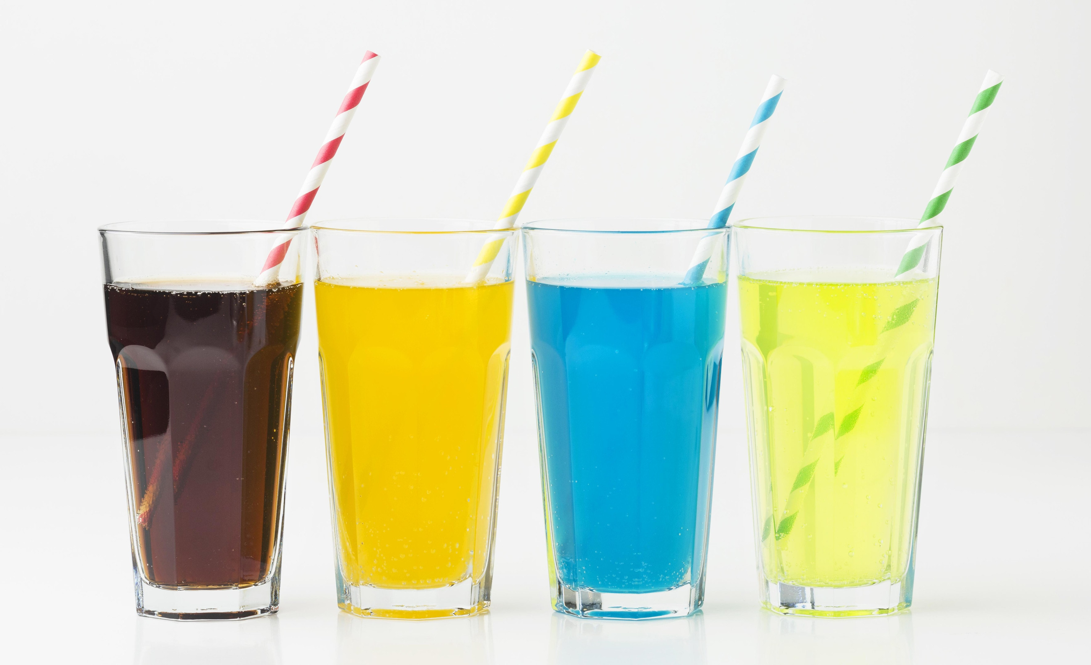 Soft drinks glasses with straws